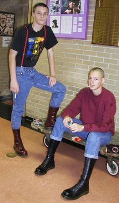 twistedssmoker: aysskin: SSKIN PUPS Wanna be like my dad Skinhead Men, Skinhead Boots, Skinhead Fashion, Skinhead Style, Black Laces, Black Boots, Punk Jackets, Skin Head, Engineer Boots