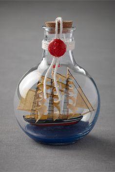 ⊰⛵Ship in a Bottle .