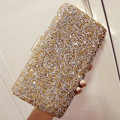 Delicate Alloy Clutches - Another! Cheap Party Dresses, Party Dresses Online, Two Piece Dress, The Dress, Party Kleidung, Women's A Line Dresses, Spring Cocktails, Or Noir, Wedding Purse
