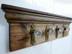 Porte-manteau en bois DIY