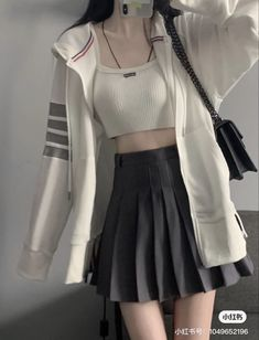 Kpop Fashion Outfits, Edgy Outfits, Korean Outfits, Cute Casual Outfits, Korean Girl Fashion, Ulzzang Fashion, Korean Street Fashion, Cute Fashion, Cute Skirt Outfits