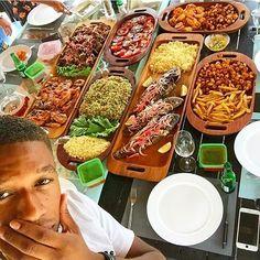 Ghanaian Food, Nigerian Food, Caribbean Recipes, Caribbean Food, King Food, West African Food, Recipe Sites, Cordon Bleu, Chicken Wings