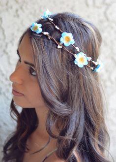 15 best hawaiian hairstyles images on Pinterest   Wedding updo ...