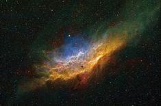 La Nebulosa de California (NGC 1499) es una gran nebulosa de emisión en la constelación de Perseo. Es llamado así porque parece que se asemejan al contorno del estado de California. Tiene un brillo superficial muy bajo y es muy difícil observar visualmente. Fue descubierta en el año 1885 por Edward Emerson Barnard.  Imagen: J-P Metsavainio.