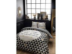 Luxusné francúzske obliečky šperkom vašej spálne Comforters, Blanket, Bed, Furniture, Design, Home Decor, Bedding, Home, Creature Comforts