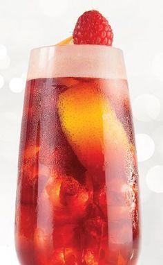 Bitter Sweet - preparando drinks com cerveja Refreshing Drinks, Summer Drinks, Cocktail Drinks, Cocktails, Easy Alcoholic Drinks, Drinks Alcohol Recipes, Milk Shakes, Soda Italiana, Smirnoff Ice