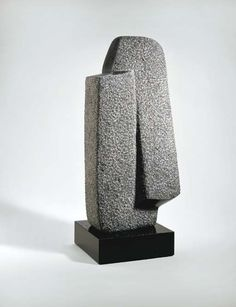"""""""The essence of sculpture is for me the perception of space, the continuum of our existence"""" - ISAMU NOGUCHI - Brancusi Sculpture, Art Sculpture, Outdoor Sculpture, Stone Sculptures, Isamu Noguchi, Art Pierre, Crystal Garden, Bronze, Stone Carving"""