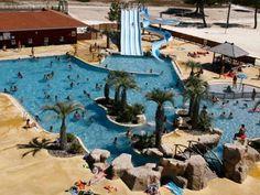 Risque Resorts