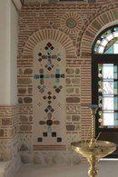 Тимашевск Pebble Mosaic, Byzantine Icons, Chandelier, Ceiling Lights, Mosaics, Home Decor, Candelabra, Decoration Home, Room Decor