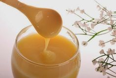 Can royal jelly help Nephrotic Syndrome? Royal jelly is one of the most commonly-used supplements in the world. If you are a Nephrotic Syndrome patient and want Ovarian Cyst Symptoms, Uterine Fibroids, Fibroid Symptoms, Natural Cures, Natural Health, Royal Jelly Benefits, Fat Burning Foods, Health And Beauty Tips, Royal Jelly