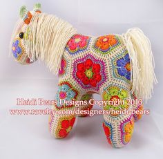 Heidi Bears: Fatty Lumpkin the brave African Flower Pony Crochet Pattern is available now...encore un que je rêve de faire!!