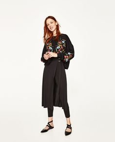 Image 1 of FLORAL EMBROIDERED SWEATSHIRT from Zara