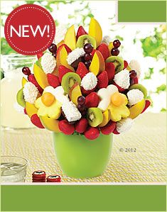 Looking for fruit basket delivery near you? Look no further than Edible Arrangements for delicious fresh fruit baskets for every occasion. Edible Fruit Arrangements, Edible Bouquets, Edible Food, Edible Gifts, Edible Slime, Edible Art, Chocolate Dipped Strawberries, Covered Strawberries, Chocolate Covered