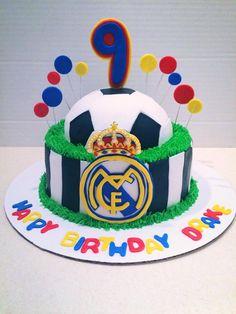 Real Madrid soccer cake