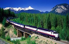 Canadian Train Vacations ~ I have always wanted to do this, it looks AMAZING!  I foresee a fun group trip soon ...