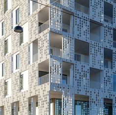 Huttunen­Lipasti­Pakkanen Architects apartment building in Helsinki Facade with Rieder's fibreC panels Detail Architecture, Futuristic Architecture, Residential Architecture, Interior Architecture, Building Architecture, Interior Design, Building Skin, Building Facade, Helsinki