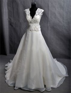 Custom Make Vintage Lace Organza Wedding Dress Bridal by wonderxue, $255.00