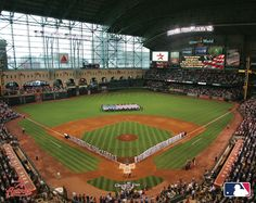 Houston Astros Minute Maid Park - saw game there better Texas Rangers, Houston Astros Astros Game, Sports Stadium, Baseball Park, Baseball Field, Houston Astros, Houston Tx, Places In Usa, Minute Maid Park, Sports