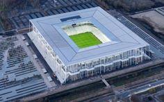 Euro 2016: lo splendido stadio di Bordeaux l'articolo tradotto da france football è una esposizione di quelle che sono le suggestioni che da il nuovo stadio di bordeaux, costruito in occasione della prossima competizione europea per nazioni.  #euro2016 #calcio #stadio