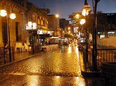 Ciudad de Salto nocturna