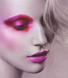 Pin by alexa n hernandez on editorial make up, make-up ideen, kosmetik. Pink Makeup, Makeup Art, Beauty Makeup, Eye Makeup, Hair Makeup, Real Techniques Brushes, Make Up Inspiration, Dramatic Makeup, Fantasy Makeup