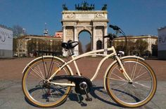 Bike Tour of Milan Discover the city riding a beautiful bike alone or with friends.You will visit the most important monuments of the city riding a bike, the perfect way to discover all the hidden corner of Milan, away from noisy cars and traffic. You will enjoy the citylike a local.The bike rental pick up and drop off point, is inArco della Pace.Close to Parco Sempione, the heart of the city, one of the awesome park of Milan.You can startfrom Arco della Pace, and continu...