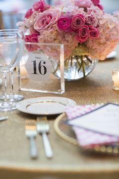 photo: Cadence and Eli; Gorgeous pink wedding centerpiece idea