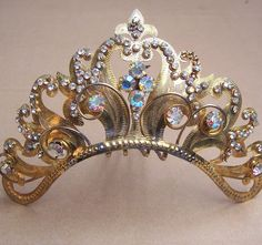 Sumatra Indonesia wedding headdress crown