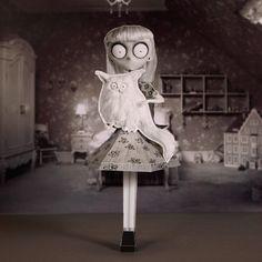 Frankenweenie: Weird Girl 3D Papercraft