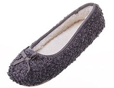 1149a2c0942 253 Best Slippers images