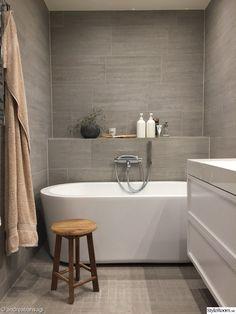 Banheiro pias - Vessel Lavatory e Pedestal Bath Sink Bathroom Makeover, Bathroom Layout, Luxury Bathroom, Bathroom Interior Design, Bathroom Renovations, House, Rustic Bathroom Vanities, Apartment Bathroom, Classic Bathroom