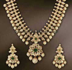 Ideas For Jewerly Gold Necklace Indian Uncut Diamond Indian Jewellery Design, Latest Jewellery, Jewelry Design, Jewellery Shops, Indian Necklace, Gold Necklace, Stone Necklace, Necklace Set, Pendant Necklace