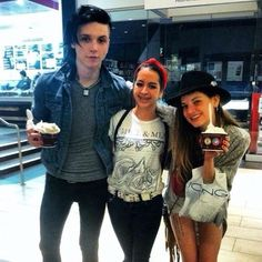 Andy biersack rare pictures.