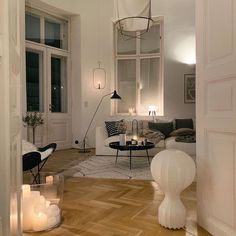 Home Interior Living Room .Home Interior Living Room French Interior Design, Interior Modern, Condo Interior, Dream Home Design, Aesthetic Rooms, My New Room, House Rooms, Home Decor Inspiration, Decor Ideas