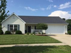 4646 W Johanna Dr, Bloomington, IN 47404 - Home For Sale and Real Estate Listing - realtor.com®
