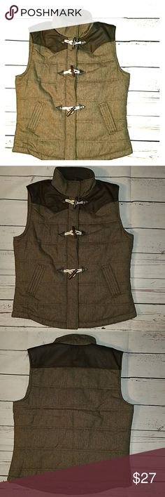 🎊🎉 Host Pick 🎉🎊Vest Taupe/light brown vest with darker brown leather like accents.  Vest has a zipper and snap closure and three toggle button closures.  Only worn once - like new!  The size is XXL, however it runs small as I usually wear a large and the vest fits me comfortably. Jackets & Coats Vests