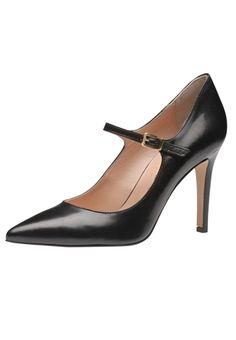 Ein Traum von Schuh: Der neue Damenpumps aus dem Hause Evita Shoes betört mit sinnlicher Silhouette und einem atemberaubenden Absatz. Für ultimativen Halt und den besonderen Retrolook sorgt das schmale Riemchen über dem Rist. Ladys mit Anspruch an Design und Verarbeitung werden diesen Style handmade in Italy lieben! Evita Shoes - Leidenschaft für italienische Schuhe und Accessoires Absatzhöhe 9 cm Absatzart Stiletto Hinweis Fällt passend aus!