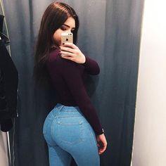 Girl Fashion, Fashion Outfits, Ladies Fashion, Hijab Fashion, Spring Fashion, Style Fashion, Mens Fashion, Sexy Jeans, Curvy Jeans