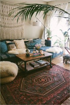 Boho Decorating ideas for your first apartment or small space living room that include 17 easy bohemian decor ideas to make your home cozy. boho decor ideas Boho Decorating Ideas For Your First Cozy Home Decor Tips Small Space Living Room, Boho Living Room, Cozy Living Rooms, Apartment Living, Living Room Furniture, Small Living, Modern Living, Small Spaces, First Apartment