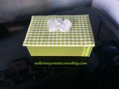 Une petite boîte recouverte de tissu