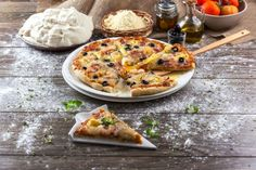 Pizza Havaiana  Robot de Cozinha nº 86 Março 2015 Disponivel online www.magzter.com Visite-nos em www.teleculinaria.pt