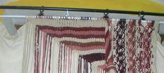 """O ciclo de exposições Monsaraz Museu Aberto apresenta entre os dias 13 de abril e 26 de maio """"Fios Cruzados, Magias Sonhadas"""", de Sónia D'Assumpção. Esta mostra de tapeçaria organizada pelo Município de Reguengos de Monsaraz vai estar patente de quinta-feira a sábado na Casa Monsaraz e pode ser apreciada das 10h às 12h30 e das 14h às 17h30."""