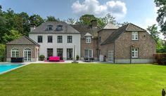 Luxueuze prachtig afgewerkte, recente villa op ca....