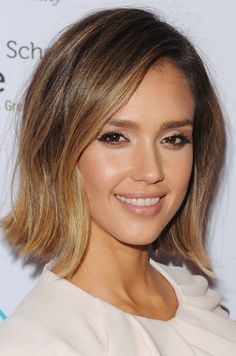 Jessica Alba debuted her short new 'do' on Instagram this week.