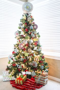 @MichaelsStores Dream Tree Challenge by The Crafting Chicks #Christmas #holiday #tree