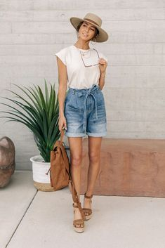 Marcel Tie Waist Denim Shorts – böhme Winter Mode Outfits, Winter Fashion Outfits, Modest Fashion, Spring Summer Fashion, Summer Outfits, Beach Outfits, Bbq Outfit Ideas Summer, Spring Break, Winter Outfits