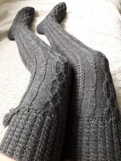 Handknit womens`s socks,Over the knee socks - ready to ship! These socks are knitted from special socks and polyamide) and will fit to size: Socks are 70 cm long from the heel. These long socks will be the perfect Christmas gift and also a great gift Over Knee Socks, Thigh High Socks, Thigh Highs, Wool Tights, Wool Socks, Cashmere Leggings, Knitted Booties, Crochet Slippers, Baby Booties