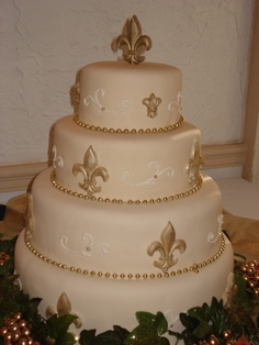 Fleur de lis cake for our anniversary party in NOLA next year! Joe and I will log 15 years!