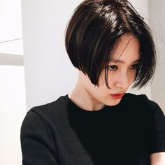 Great ideas about straight short hair - Neue Frisuren Short Straight Hair, Girl Short Hair, Short Hair Cuts, Pelo Ulzzang, Bob Hairstyles, Straight Hairstyles, Hair Inspo, Hair Inspiration, Shot Hair Styles