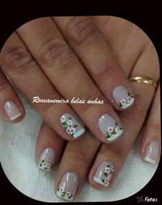 uñas frances blanco flores French Nail Art, French Nail Designs, Pretty Nail Designs, Colorful Nail Designs, Fingernail Designs, Toe Nail Designs, Hair And Nails, My Nails, Daisy Nails